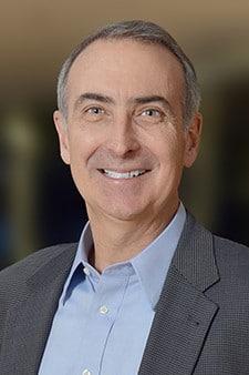 Head shot of Intelsat CEO Stephen Spengler